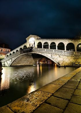 Rialto, Venice. Night shot from right hand side. Photog ...