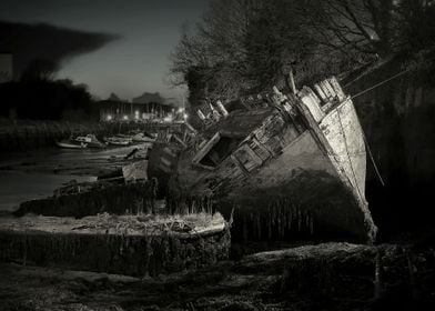 Plymouth Wreck black and white