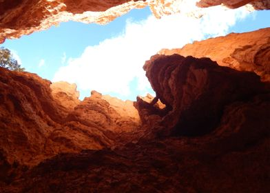 Photo shot inside the mouth of Bryce Canyon National Pa ...