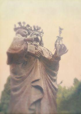 the giant iron statue