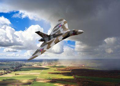 Avro Vulcan Bomber XH558, the last flying Vulcan Bomber ...