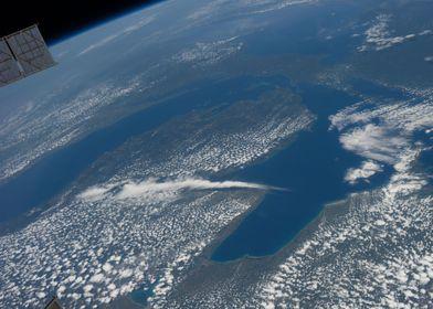 Lago visto del espacio