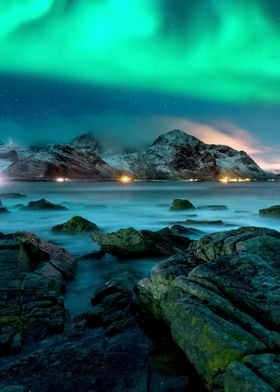Northern Lights Mountains