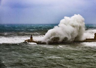 Big waves in Valletta