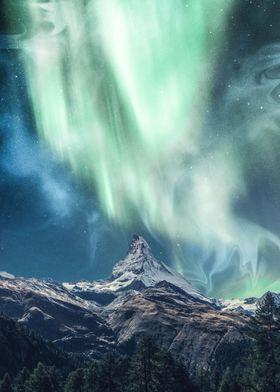 Aurora borealis with fog