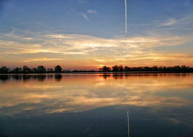 Lake Guggi in sunset