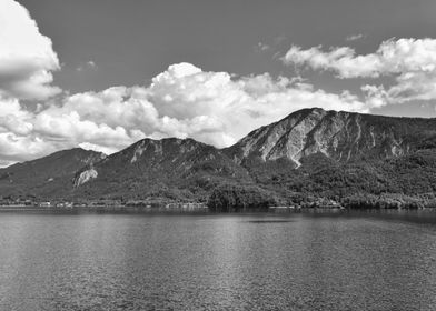 Lake Kochelsee mountain BW