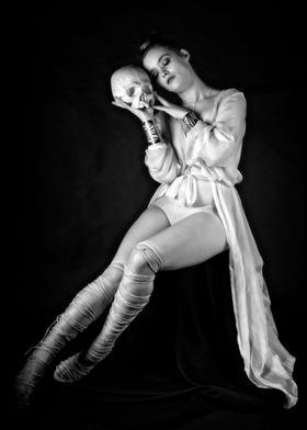 Hekate scull adoration