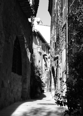 Small street in Gassin