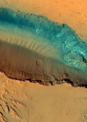 Mars Landslides in Fossae