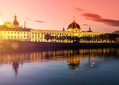 The Grand Hotel Dieu