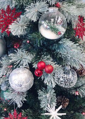 christmas tree white and