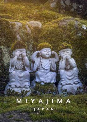 Miyajima statue